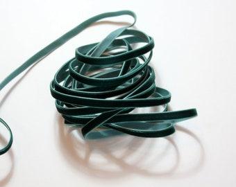 """1/4"""" Velvet Ribbon - Hunter Green - 5 yards"""