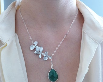 Raw Emerald Necklace Silver, Emerald Jewelry, Orchid Necklace with Emerald Green May Birthstone Jewelry, Romantic Gift for Her