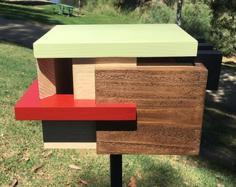 Father's Day Gift, Contemporary Birdhouse, Architectural Design , Retro Flat Roof, Wood Bird House, Mid Century Design, Modern Inspired