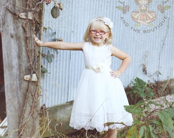 Vintage white flower girl dress, flower girl dresses, white lace flower girl dress, white flower girl dress, communion dress, baptism dress