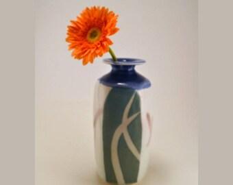 Blue white /porcelain/ bottle/vase/decorative porcelain vase