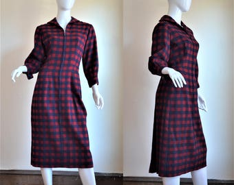 """1950s Vintage Red & Navy Buffalo Check Hourglass Dress Bust 37"""""""