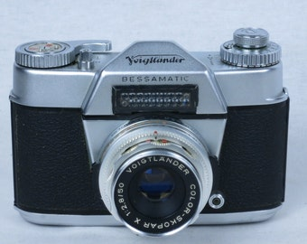 Voigtlander BESSAMATIC 35mm SLR camera, with color-skopar 50mm/2.8 lens