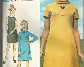 1960's Simplicity Designer Fashion Sewing Pattern # 7920 ,Size 12, Bust 32, Uncut Factory Folded