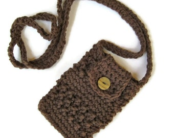 Crocheted small purse for iphone/smartphone with cross-body strap in brown iphone cardigan
