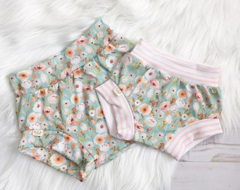 Shorts, bloomers for girls, super stretchy and confutable shorts.