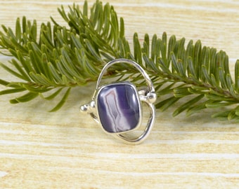 Looping Purple Sierra Madre Agate Ring // Agate Jewelry // Sterling Silver // Village Silversmith
