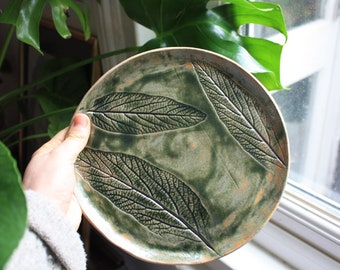 Handmade ceramic plate, dinner plate, leaf dish, pottery dish, ceramic leaf plate, decorative, home decor, handmade gift, housewarming gift