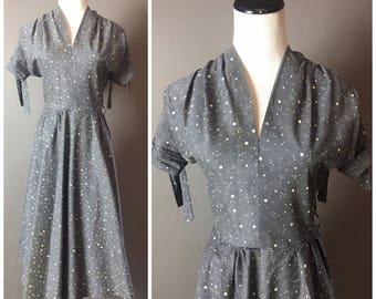Vintage 50s dress / 1950s dress / cotton dress / fit and flare dress / polka dot dress / party dress / day dress /  8147