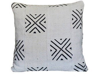 "Mud Cloth Throw Pillow 18""x18"""