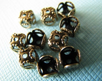 Square brass filigree bead caps 5mm (10)