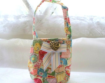 Handmade Doll Bag or Book Bag for 18 inch doll, Market or School Bag Cloth bags for dolls