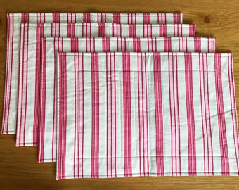 Set of 4 Fabric placemats/cotton placemats/red and cream/table decor/dining table placemats