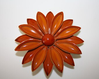 Vintage Rust coloured enamel 3D flower pin/brooch