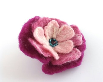 Felted Flower Brooch, Pink Flower Corsage, Hand Dyed Merino Wool, Lapel Pin, Flower Badge, Shawl Pin