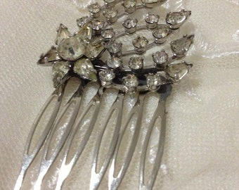 Authentic Vintage Large Spray Clear Rhinestone Silver Hair Comb