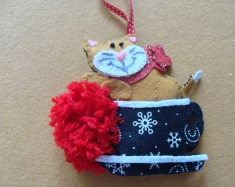 decorative Christmas kitten fatecieux