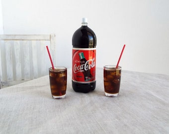 Miniature Soda Pop Bottle COLA with Ice and Red Straws in Tumblers - Realistic Miniatures for 1:6 Scale Fashion Dolls and Figures