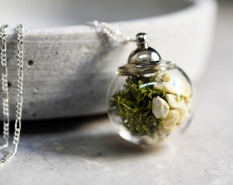 925 TERRARIUM necklace with moss and pebbles (K925-86)