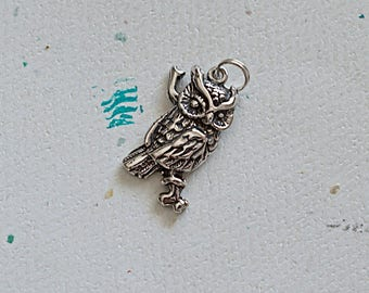 Silver Owl Charm, Sterling Silver Owl Pendant, Sterling Silver Bird Pendant, 21x15mm, 1 Piece