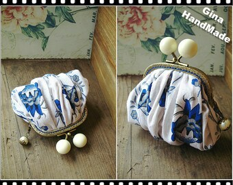 Blue White Porcelain White Candy Bead  Metal frame purse/coin purse / Coin Wallet /Pouch / Kiss lock frame bag-GinaHandMade