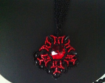 Gothicschmuck, punk rock, chain and pendant bloodline, wear spikes,
