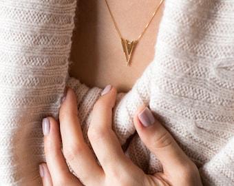 Gold Diamond Necklace, Pave Necklace, Diamond Pendant Necklace, Diamond V Necklace, Diamond Triangle Necklace,Conflict Free Diamond Necklace