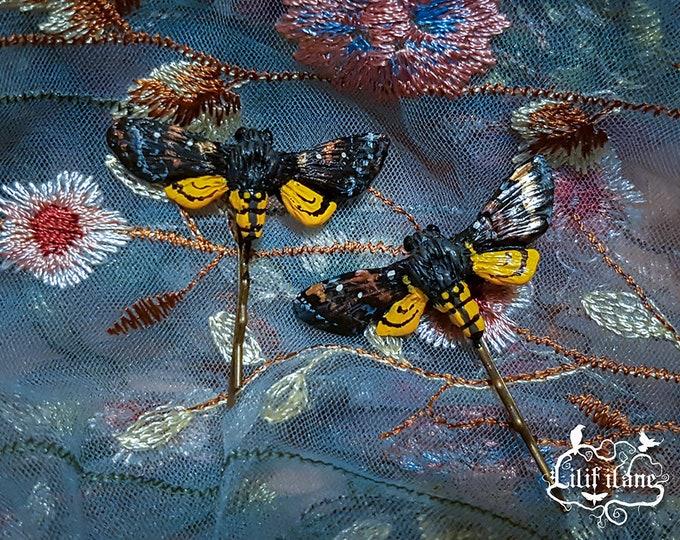 1x Moth Hair pin-yellow nature
