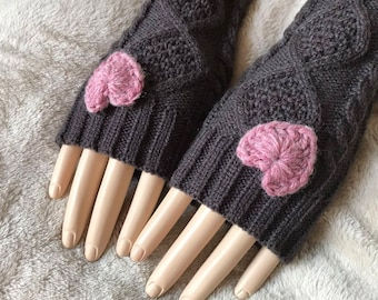 Acrylic Finger-less Gloves, Heart Color Choices.