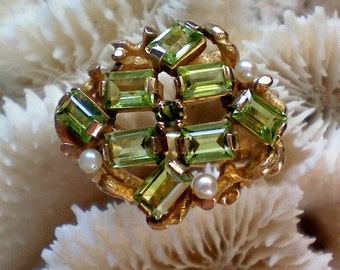 14K Gold Peridot Gemstone and Pearl Ring - 4801