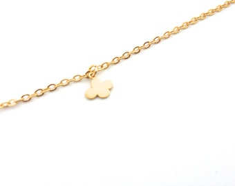 Tiny Cloud Bracelet, Dainty everyday jewelry, Gold chain bracelet, Gift for her under 15 USD - Little Girl bracelet