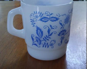 Vintage Termocrisa Milk Glass Coffee Mug Blue Onion Design