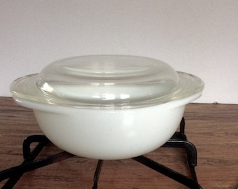 Vintage Pyrex Milk Glass Casserole Dish / Milk Glass Covered Casserole / Opal White