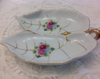 Vintage Double Leaf Trinket Dish / Handled Dish / Floral and Gold Japan UCAGCO