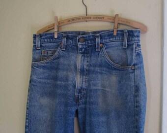 Faded 505 Levis Vintage Blue denim Zipper front 70s Levis 505 Distressed 505 Levis US made workwear Boyfriend Levi jeans 34 29
