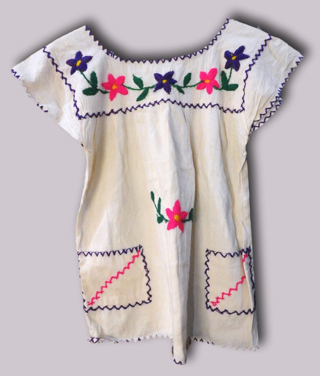 70s embroidered top Peasant boho top Mexican peasant Gypsy White Embroidery  Hippy Colorful chic Ethnic tops peasant cotton Hippie vibes