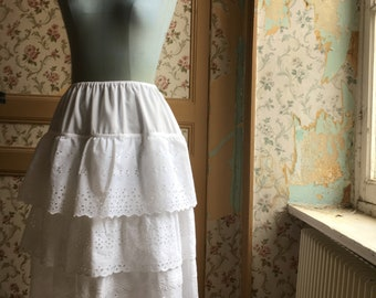 skirt with three ruffles in broderie anglaise