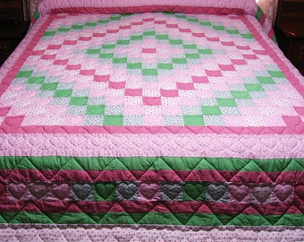 Hand Quilted Quilt, Around The World Quilt,  Pink and Green Quilt, Queen Size Quilt