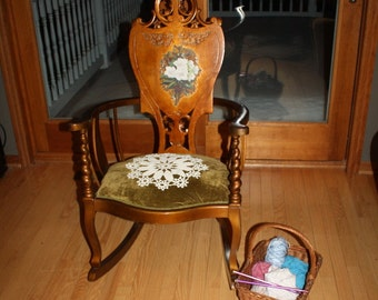 Beautiful Antique Hand Carved Spindle Arm Rocking Chair