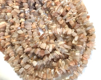 Peach Moonstone Standard Sized Chips, 36 inch Strand