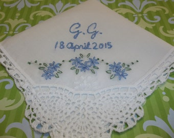 Personalized something blue wedding handkerchief, delicate, monogram and date, pineapple crochet hanky, hand embroidered, colors available