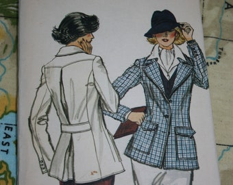 Vintage vogue sewing pattern, semi fitted jacket, tailored jacket, size 12/ 34, 1970s/ 1980s, uncut, unused, hacking jacket