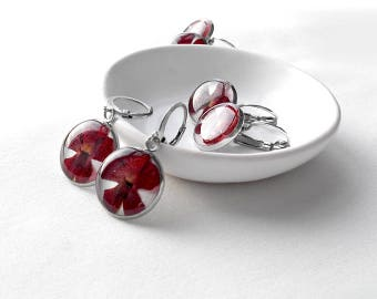 Garnet earrings Red flower earrings for girlfriend Bright red earrings Deep red jewelry Floral earrings present Ruby earrings for mom gifts
