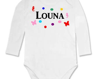 Small design personalized with name Bodysuit