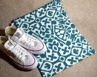 Green Ikat Drawstring Travel Shoe Bag