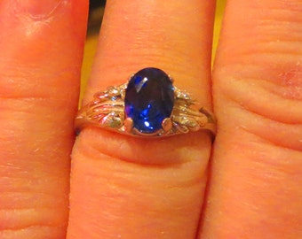 Sapphire Ring - Ladies Blue Sapphire Ring - Sapphire & Sterling Silver Ring Size 8