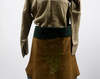 Green leather battle skirt apron snake roses spider embroidery larp fantasy fair costume druid shaman nature woodland armor banner warcraft