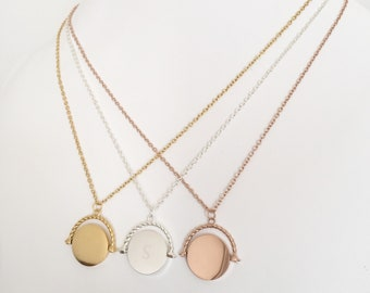 Luxe - Monogrammed Spinning Pendant Necklace