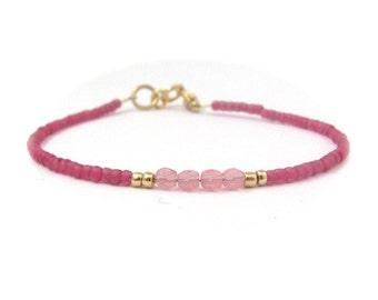 Dark Rose Bracelet, Pink Bracelet, Seed Bead Bracelet, Friendship Bracelet, Bridesmaid Gift, Minimal Bracelet, Hawaiian Jewelry, Beaded