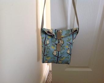Owls on olive branch bag